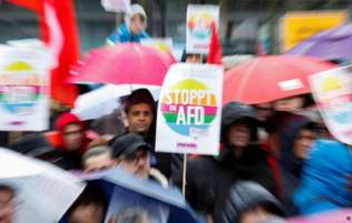 Alemães protestam contra racismo e extrema direita