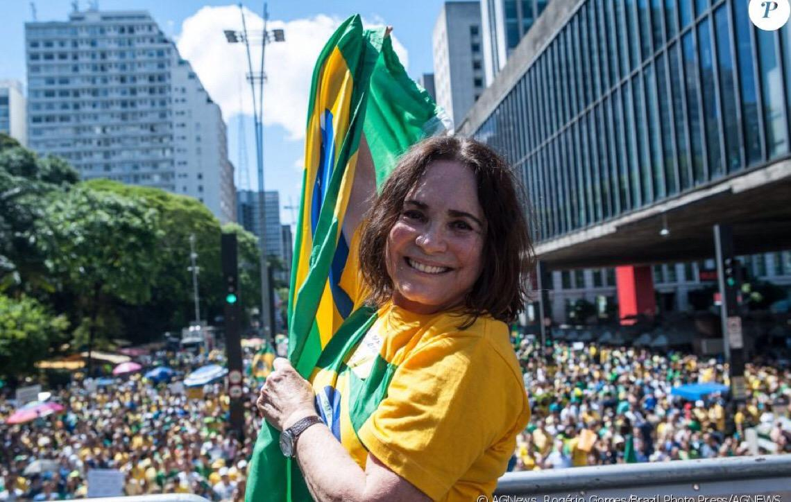 Regina Duarte defende fim do Supremo Tribunal Federal