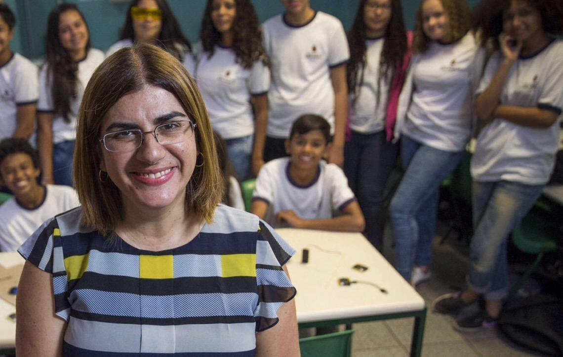 Débora Garofalo. Uma professora brasileira transformando a educação