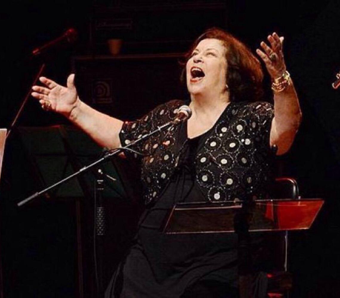 Em grande forma, Nana Caymmi volta à cena com disco em homenagem a Tito Madi