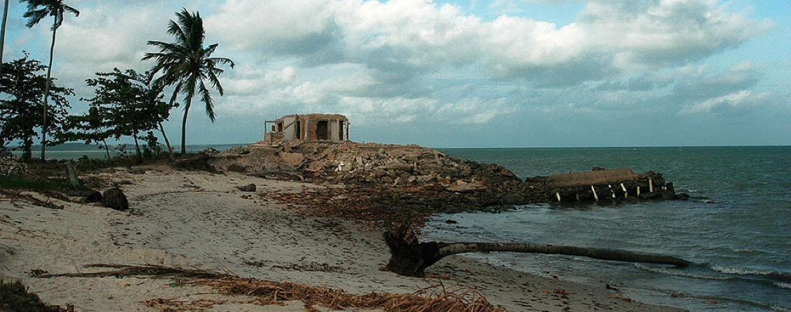 Erosão na costa, acirrada pelo aquecimento e mau uso, atinge 60% do litoral do Brasil