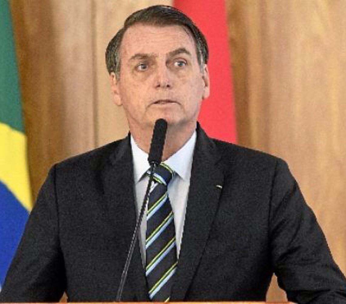Acessos a contas de Jair Bolsonaro coincidem com datas do calendário eleitoral
