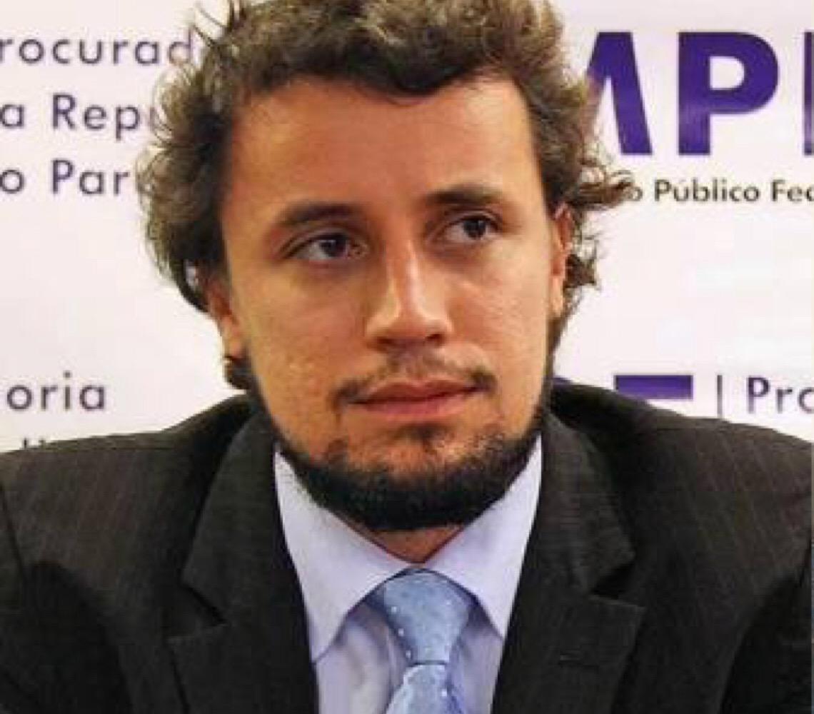 Procurador Diogo Castor pede desligamento da força-tarefa da Lava Jato no Paraná