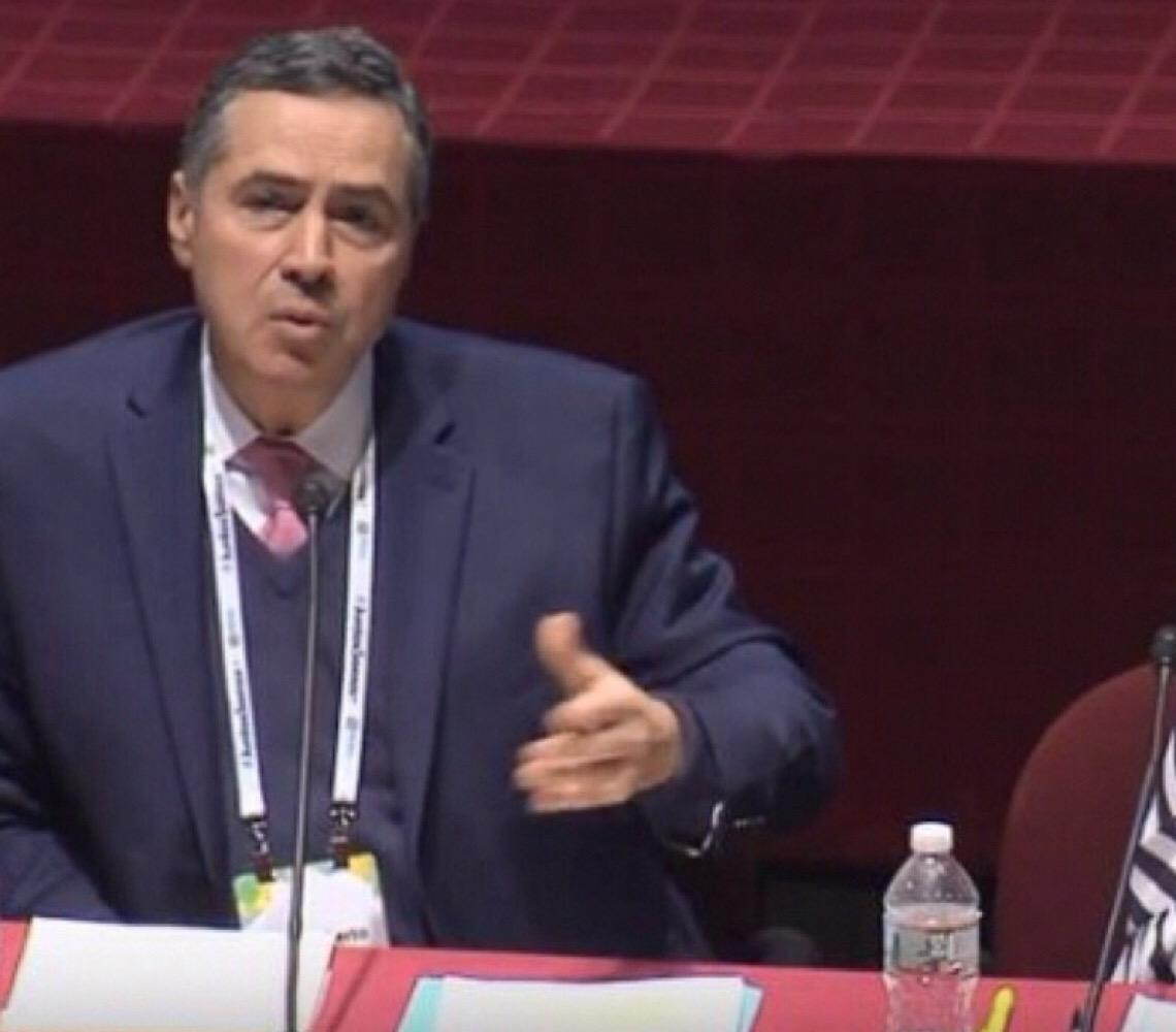 'Se os homens engravidassem esse problema já estaria resolvido há muito tempo', diz Roberto Barroso