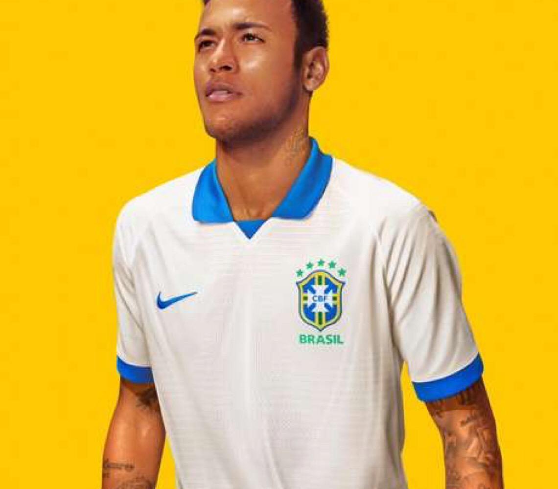 Lançanda camisa que será usada na estreia do Brasil na Copa América