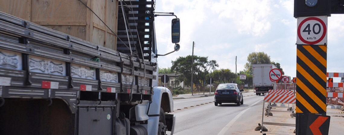 Cancelamento de 8 mil radares pode aumentar número de acidentes nas rodovias federais brasileiras