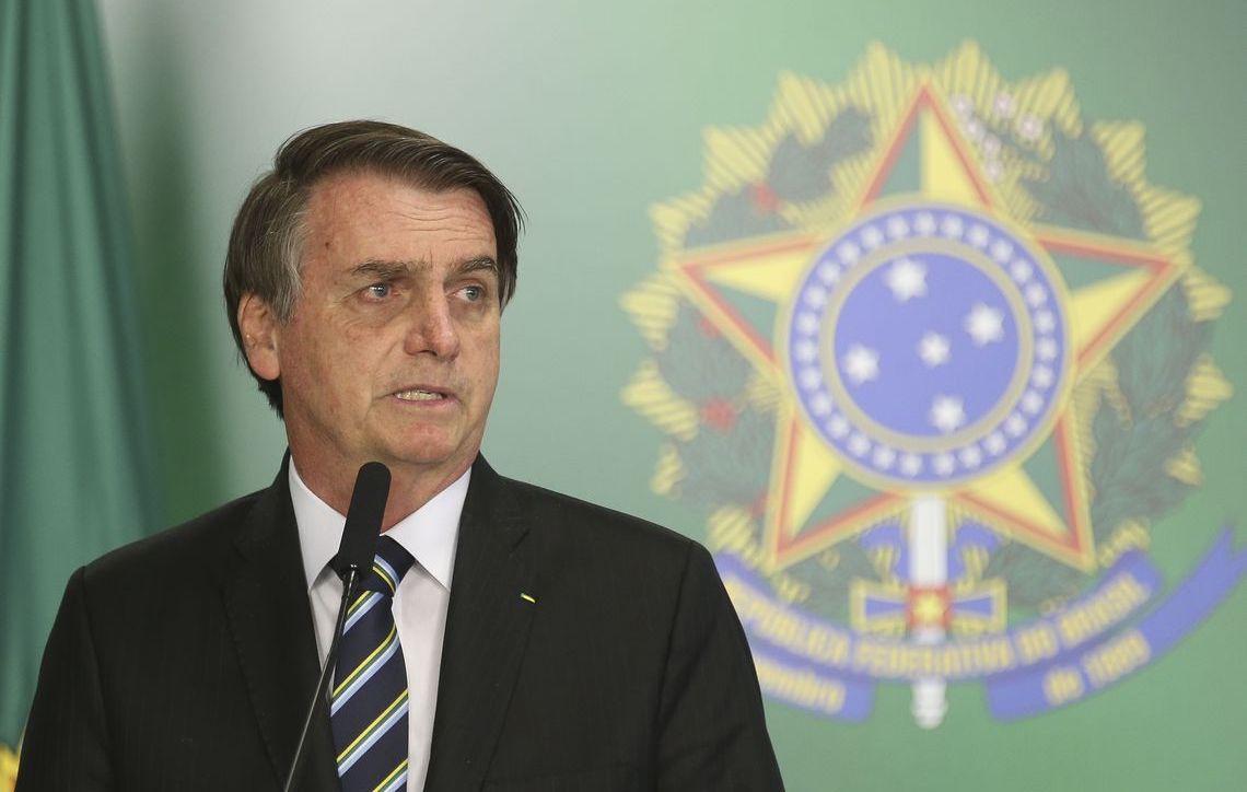 Bolsonaro anuncia corte de 40.000 vagas comissionadas por decreto