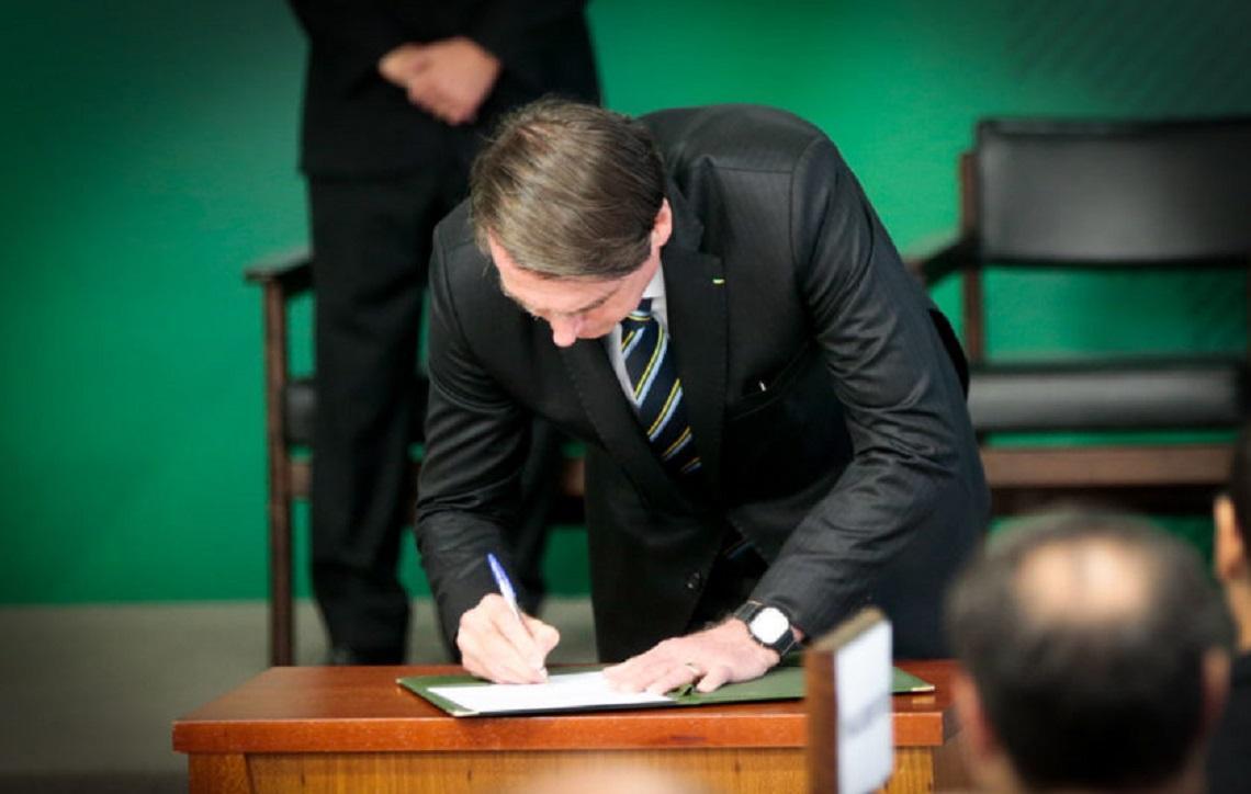 Bolsonaro determina revisão de contratos culturais da Petrobras