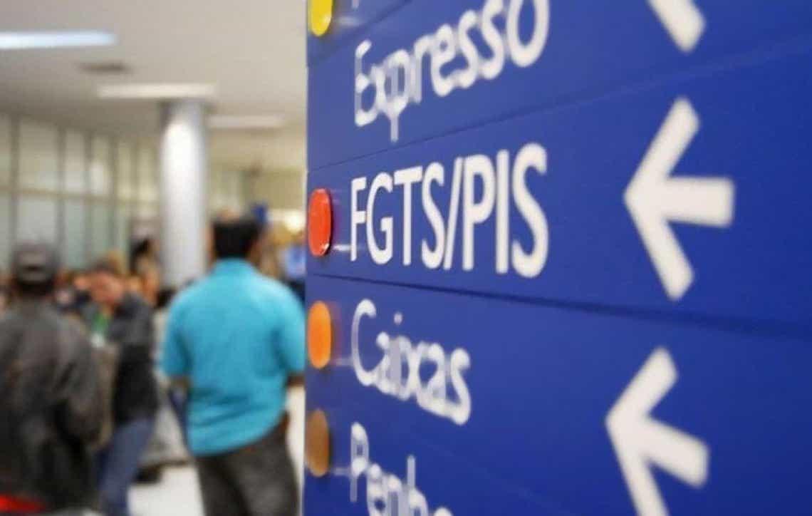 Governo avalia liberar de novo saque das contas do PIS/Pasep