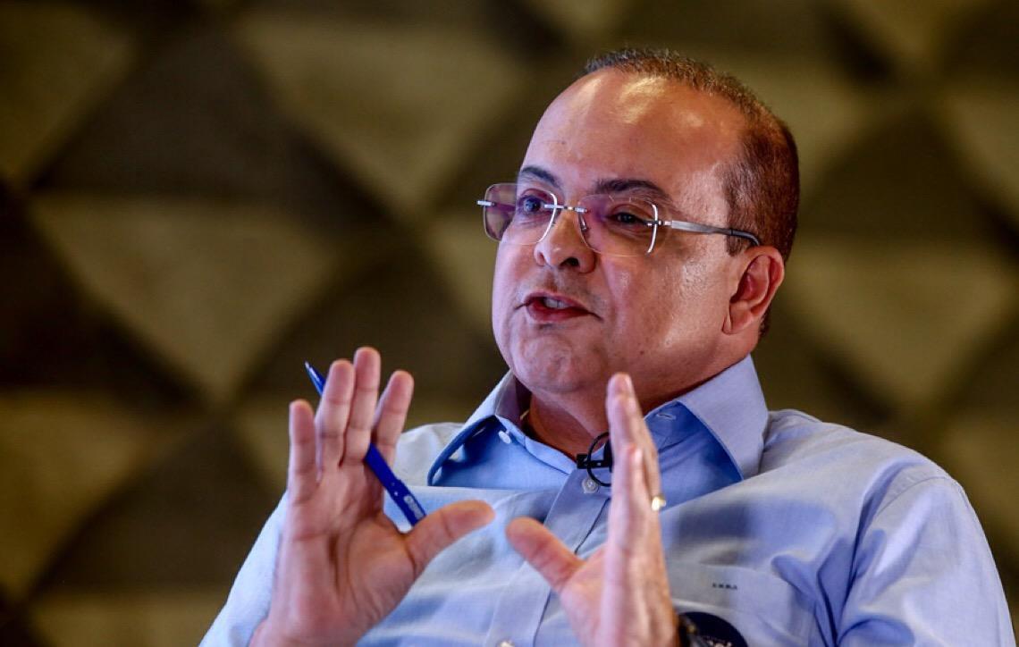 Depois da CEB, governador de Brasília anuncia privatização da Caesb e do Metrô-DF