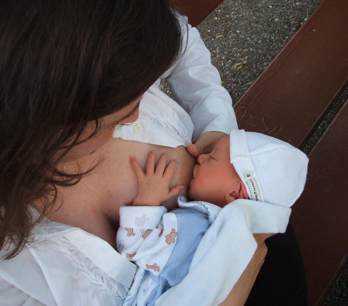 Campanha nacional busca aumentar em 15% doações de leite materno