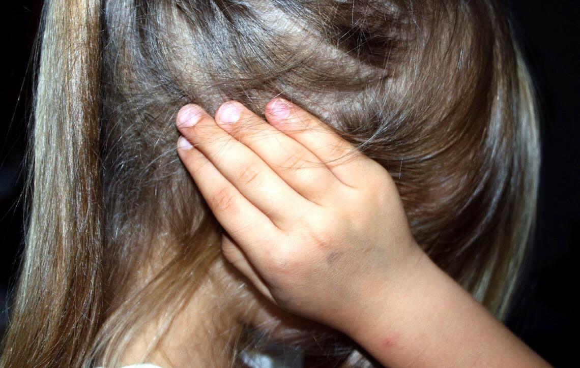 Precisamos enfrentar a violência sexual contra crianças e adolescentes
