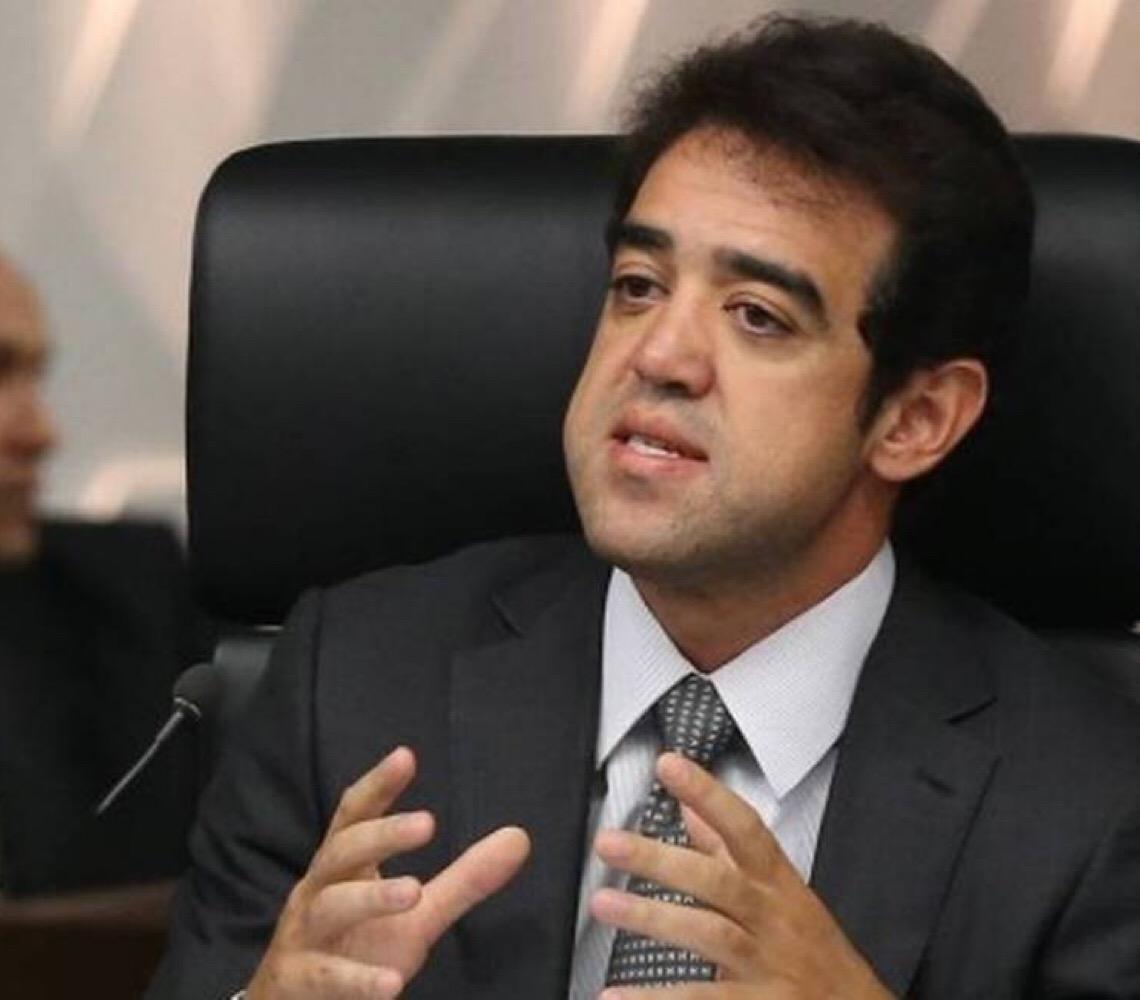 Ministro Bruno Mendes quer saber por que a Receita esconde do TCU dados colhidos por auditores