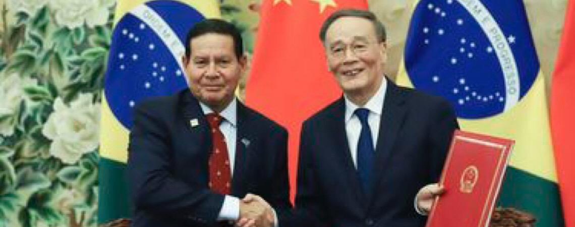 Hamilton Mourão inclui Embraer, carnes e sementes em agenda com a China