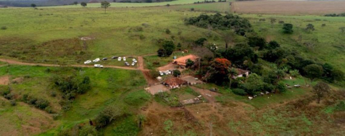 Uma cave à francesa para maturar queijos na fazenda Caxambu, em Minas Gerais