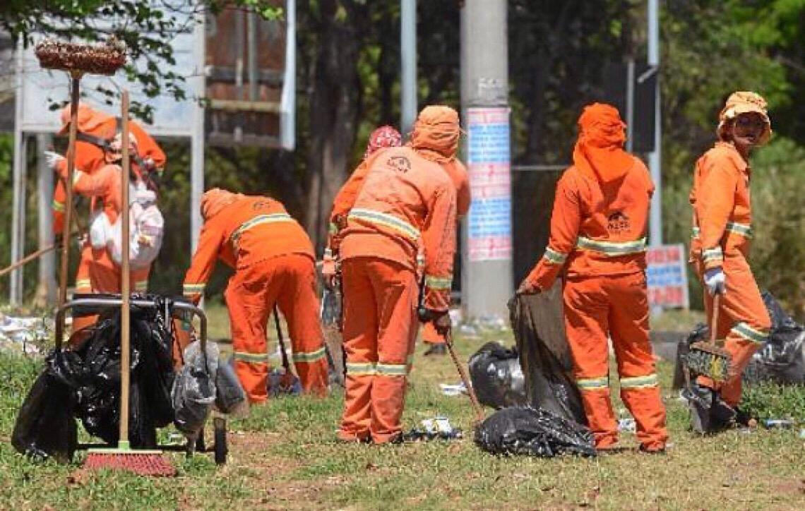Governo de Brasília retoma disputa por contrato bilionário do lixo