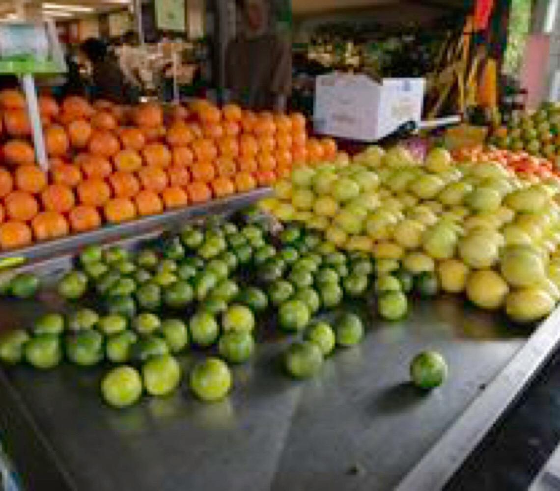 Universidade em Goiás cria técnica que identifica uso de agrotóxicos em frutas