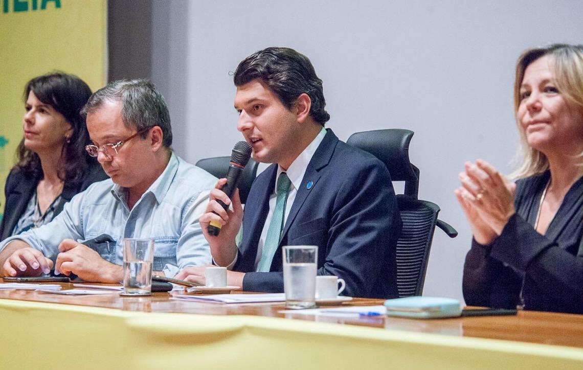 a7b539a6e Frente Parlamentar em Brasília incentiva produção de energia renovável
