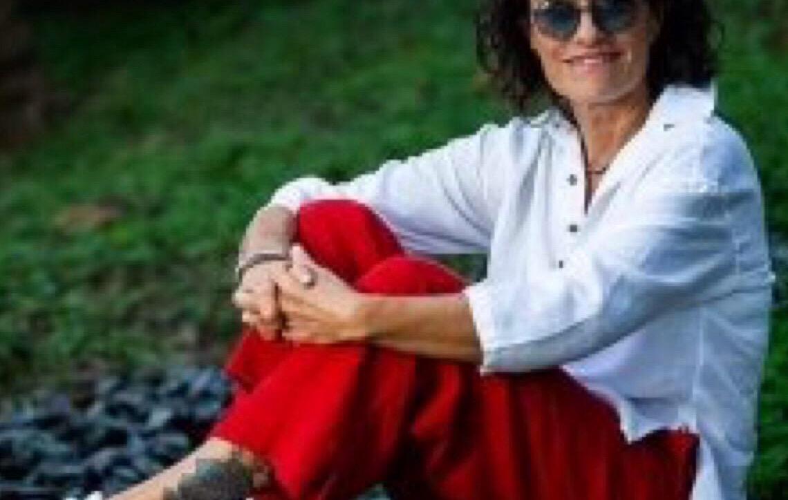 Zélia Duncan lança 'Tudo É Um', um disco afetivo como resposta a tempos difíceis