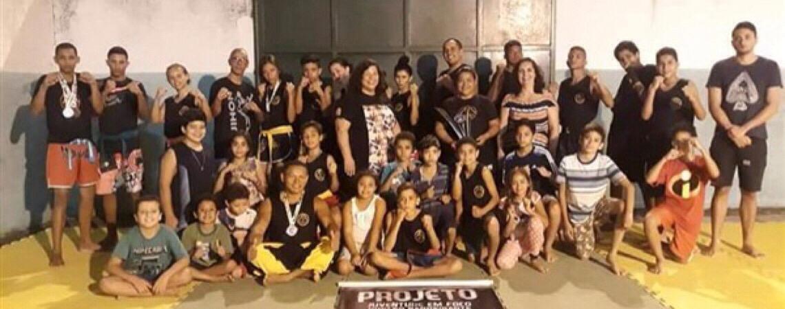 Projeto Juventude em Foco. Alunos de artes marciais em Brasília voltam para casa cheios de medalhas