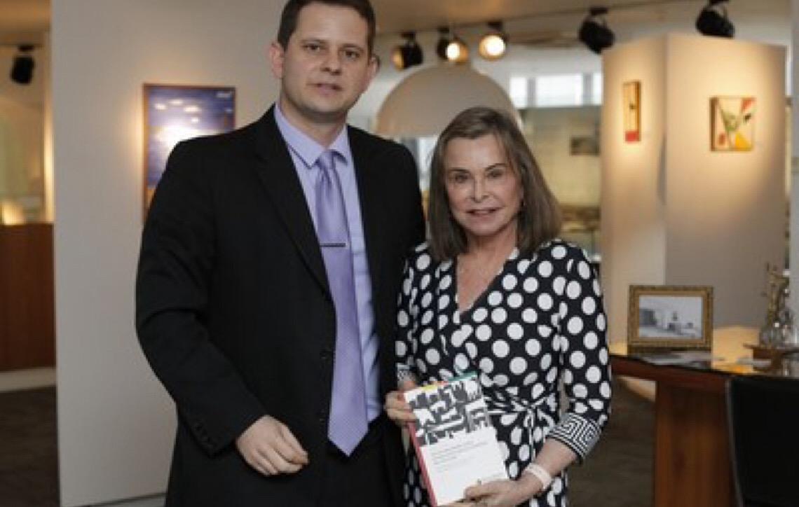 Escritor lança em Brasília livro sobre Direito dos Animais