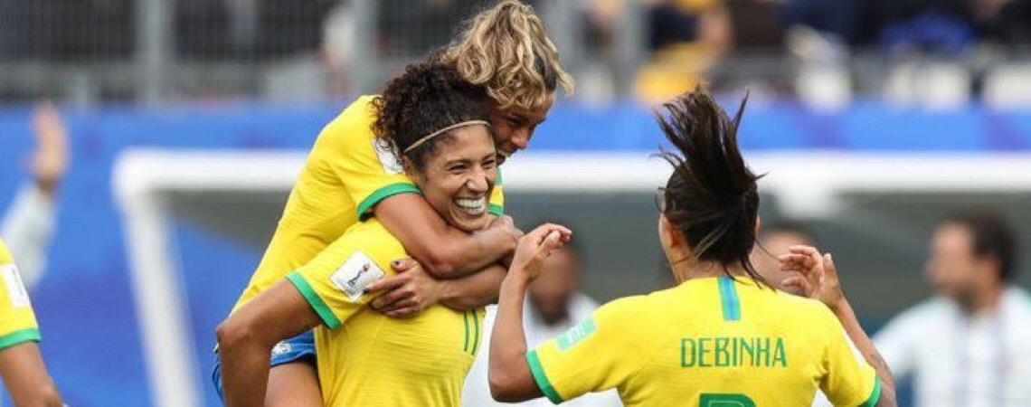Depois de derrotar a Jamaica. Seleção brasileira defende liderança do Grupo C contra a Austrália