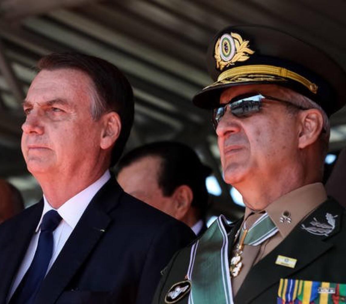 General Ramos tem cinco estrelas no ombro. É amigo de Jair Bolsonaro