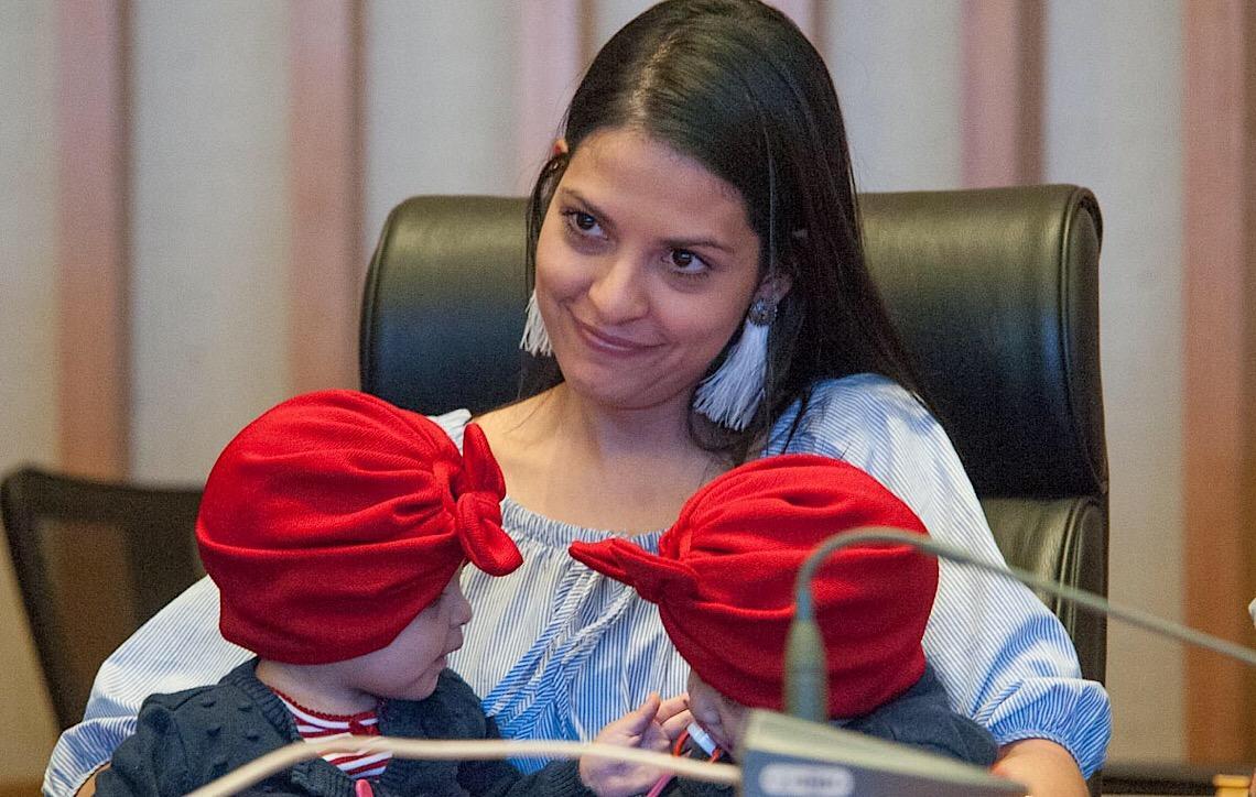 Caso das gêmeas Lis e Mel. Médicos são homenageados pela Câmara Legislativa em Brasília