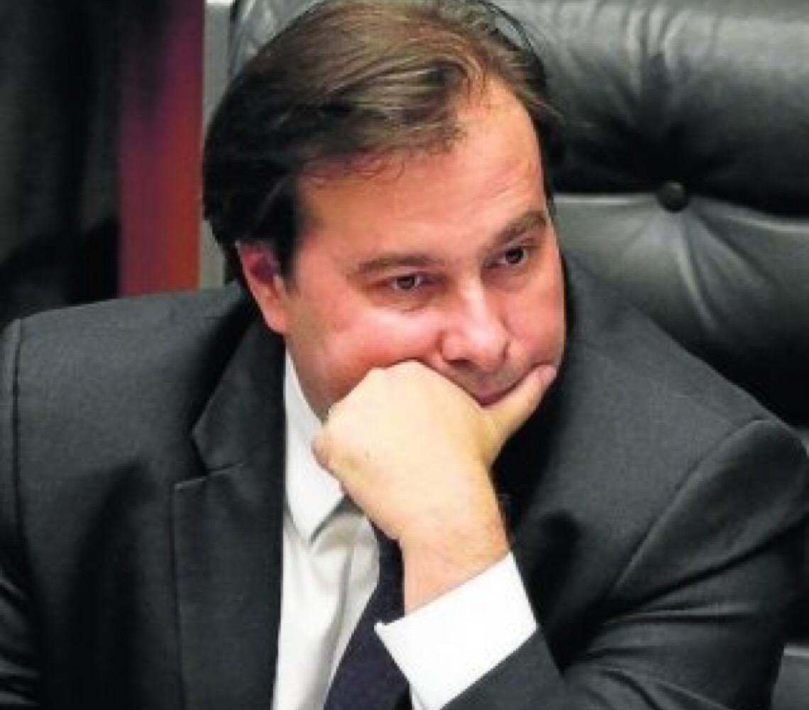 Em resposta a Paulo Guedes. Maia acha que ministro da Economia está sendo muito injusto com a Câmara