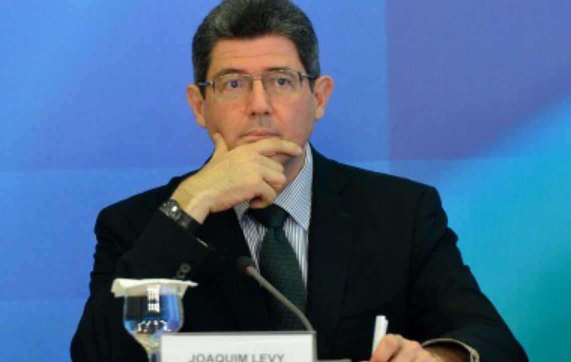 Após críticas de Jair Bolsonaro, Joaquim Levy pede demissão para não ser demitido na segunda-feira