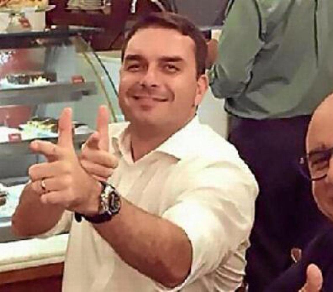 As perguntas que estão sem respostas sobre Queiroz, o ex-assessor de Flávio Bolsonaro