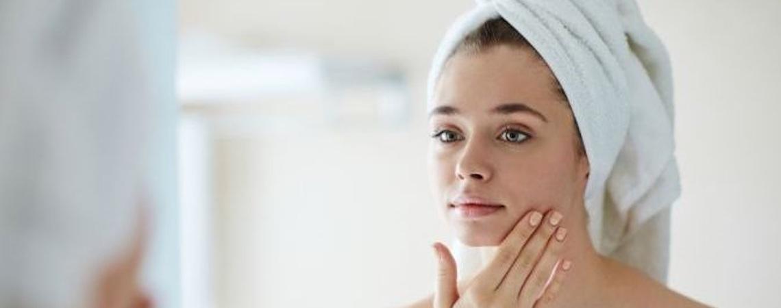 Técnica que substitui agulhas por pressão cinética é utilizada no tratamento de pele