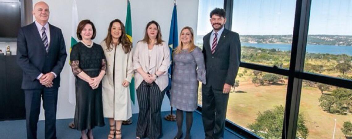 Membros da Abrampa protocolam na PGR representação contra os retrocessos ambientais no Brasil