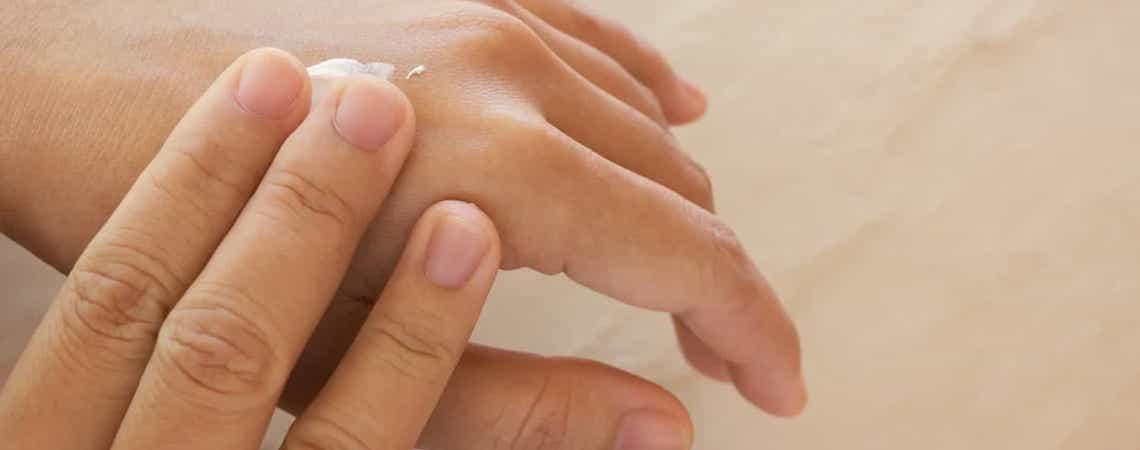 Pele ressecada: descubra as principais causas e como tratar