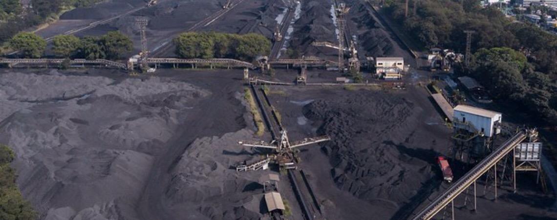 Estudo não divulgado aponta violação ambiental e emissão de poluente pela Usiminas
