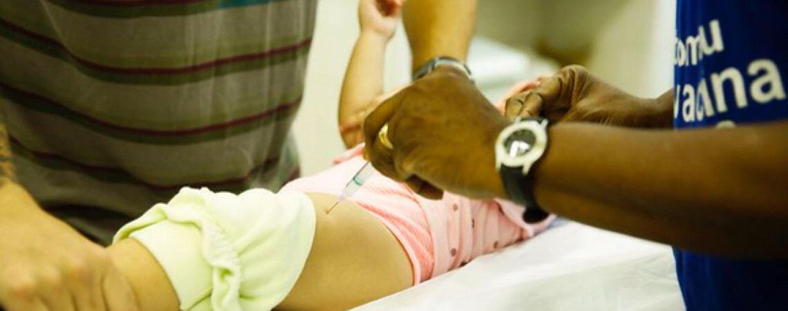 Faltam vacinas contra meningite, hepatite B e outras doenças em ao menos 6 estados brasileiros
