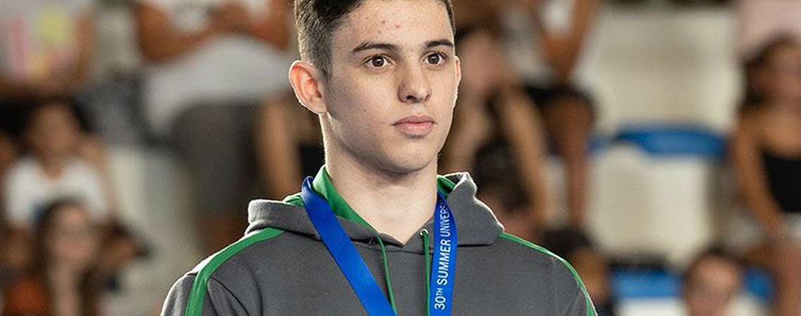 Ginasta brasileiro Luís Porto conquista quinta medalha na Universíade