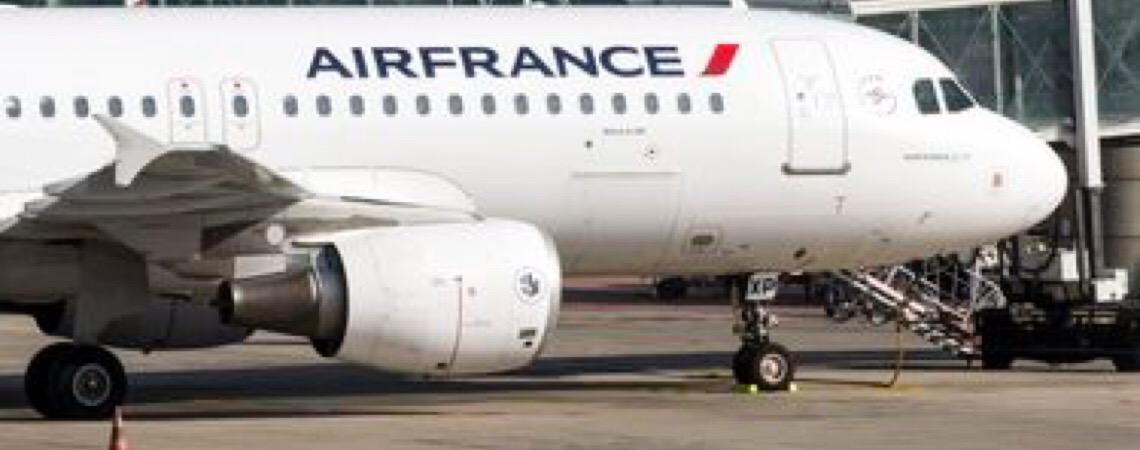 Governo da França vai taxar voos e destinar recursos para meio ambiente