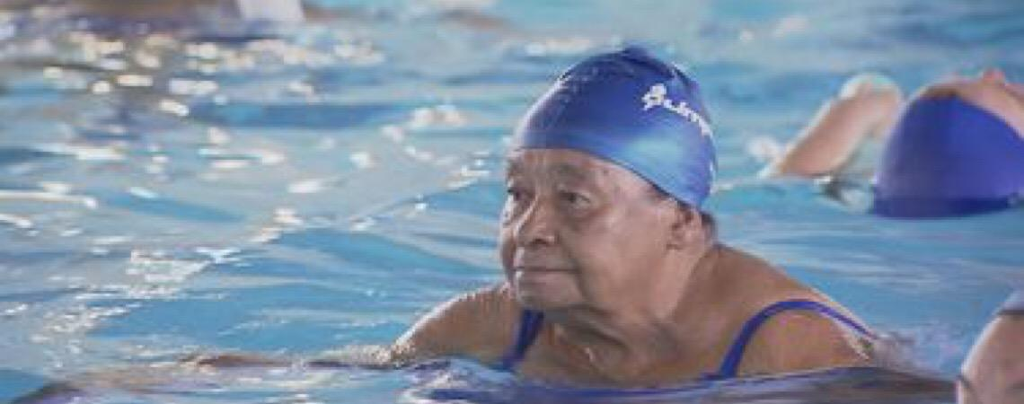 Pouca massa muscular pode indicar risco de morte para idosos