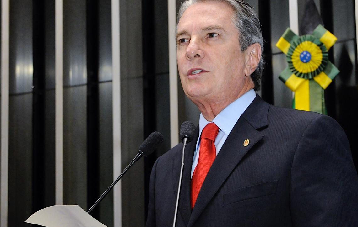Justiça Federal em Alagoas cancela concessão de rádios e TV ligados a Collor