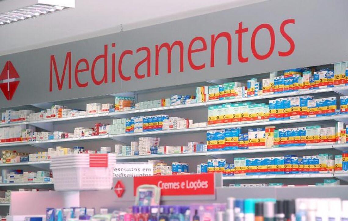 Por que algumas farmácias pedem nossos dados e o que o Facebook tem a ver com isso?