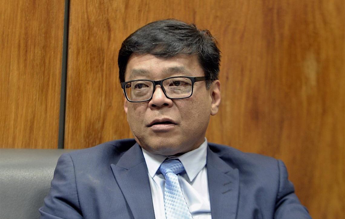 Governador de Brasília anula processo de licitação na Saúde questionado pela Justiça