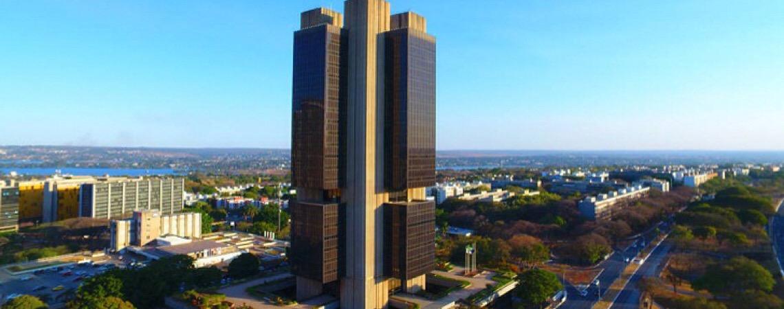 Confira ranking de reclamações contra bancos no Brasil. Pan, Bradesco e Santander lideram ranking de reclamações