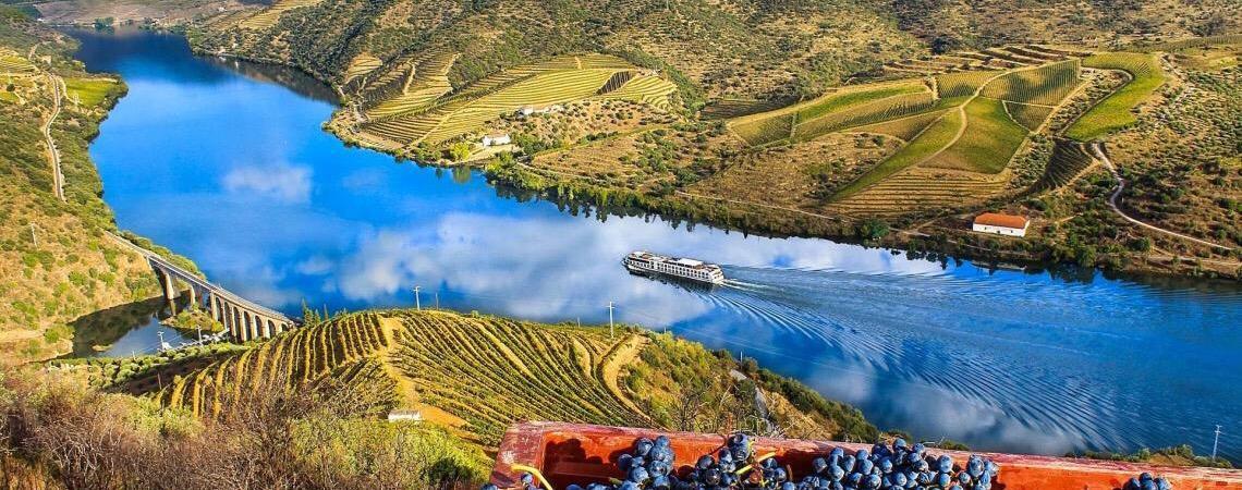 Visite a Região do Rio Douro