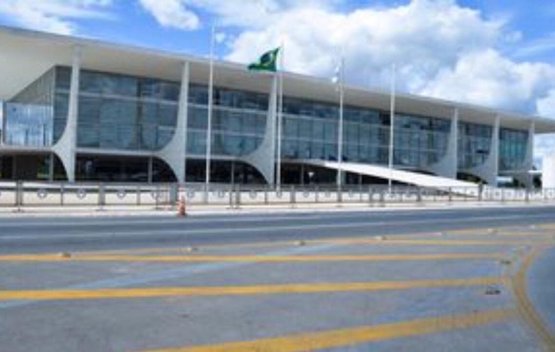 Decreto editado por Bolsonaro amplia 'ficha limpa' para o Executivo