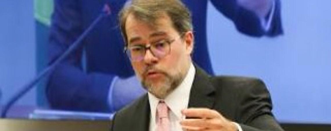 Dias Toffoli suspende  decisões que determinavam fornecimento de tratamento a hemofílicos do DF em desacordo com o SUS