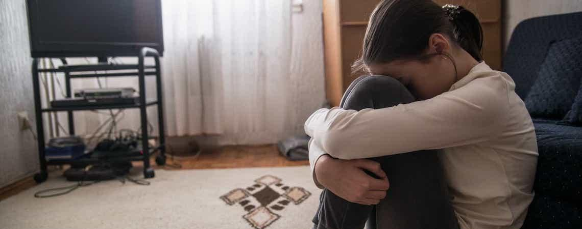 Jovens sentem-se mais sozinhos do que os seus avós, diz estudo