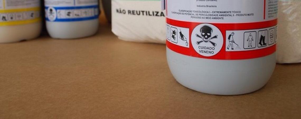Alguém ainda fiscaliza a indústria do veneno no Brasil?