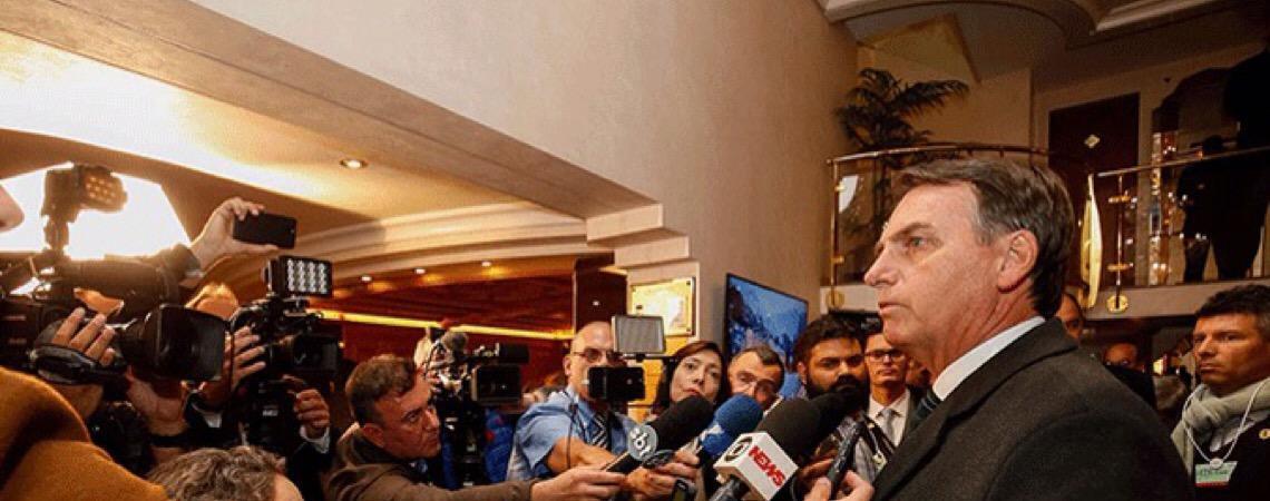 'Bandidos de esquerda começaram a voltar ao poder' na Argentina, diz Jair Bolsonaro