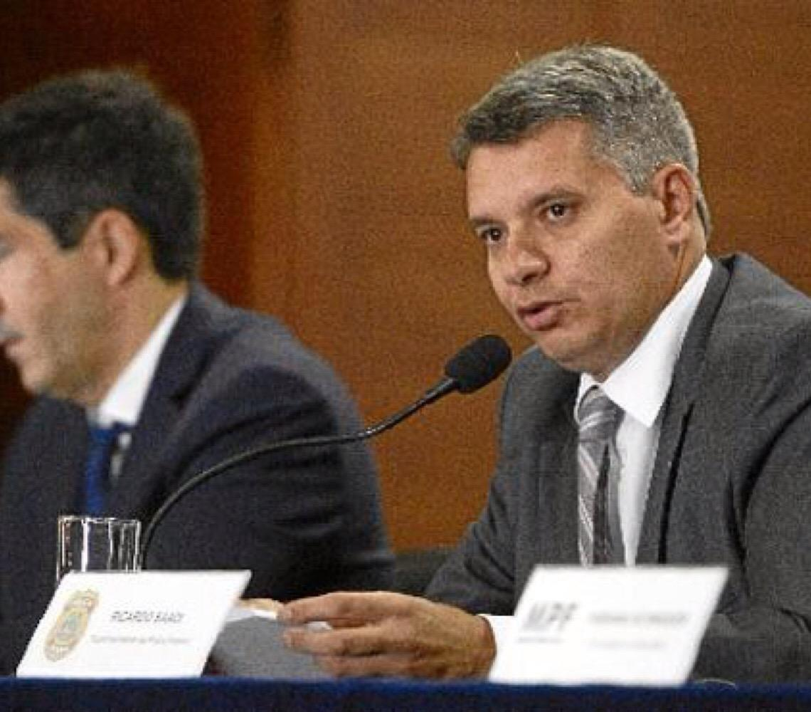 Constrangimento e irritação na Polícia Federal com declaração de Jair Bolsonaro